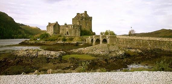 Eilean Donan Castle, Loch Duich, Schottland