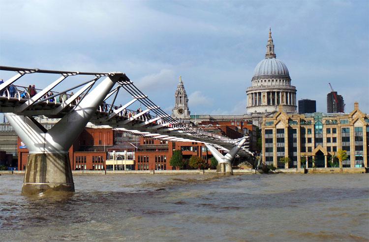 Millennium Bridge, London © Andrea David