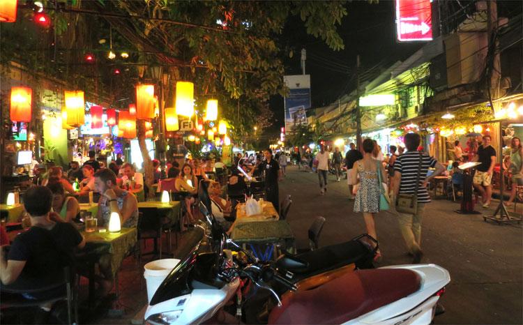 Khao San Road, Bangkok, Thailand © Andrea David