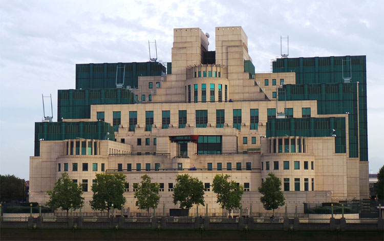 MI6 Hauptquartier, Vauxhall, London © Andrea David