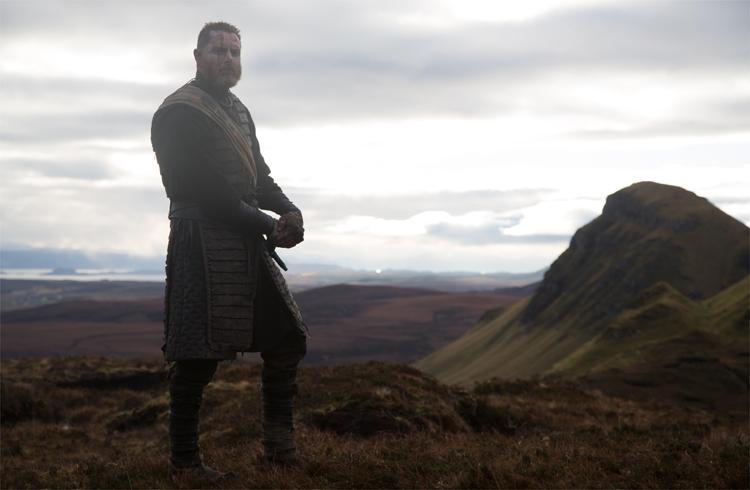 Macduff (Sean Harris) vor der Kulisse des Quiraing © Studiocanal
