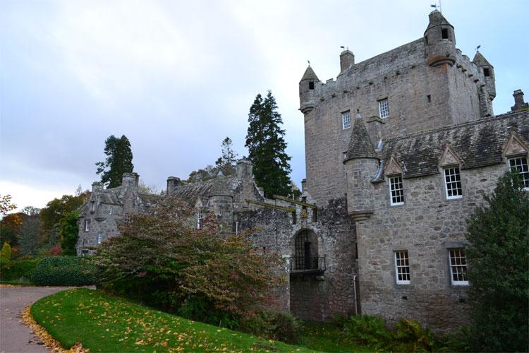 Cawdor Castle © Doreen Reeck