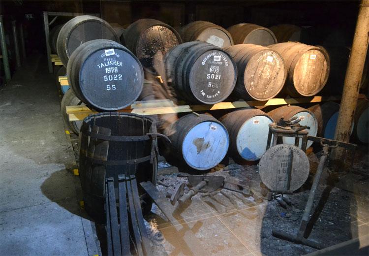 Talisker Distillery © Doreen Reeck