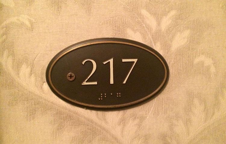 Zimmernummer 217, The Stanley Hotel, Estes Park, Colorado © Andrea David