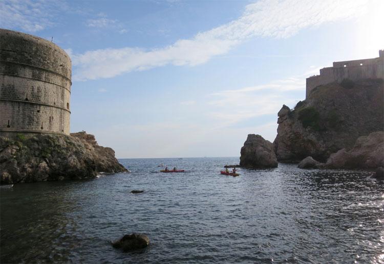 """Schwarzwasserbucht"" mit Fort Bokar und Fort Lovrijenac, Dubrovnik © Andrea David"
