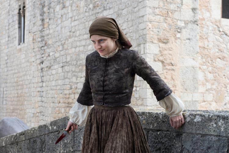 Die Heimatlose attackiert Arya, Carrer de Santa Llúcia, Girona © HBO