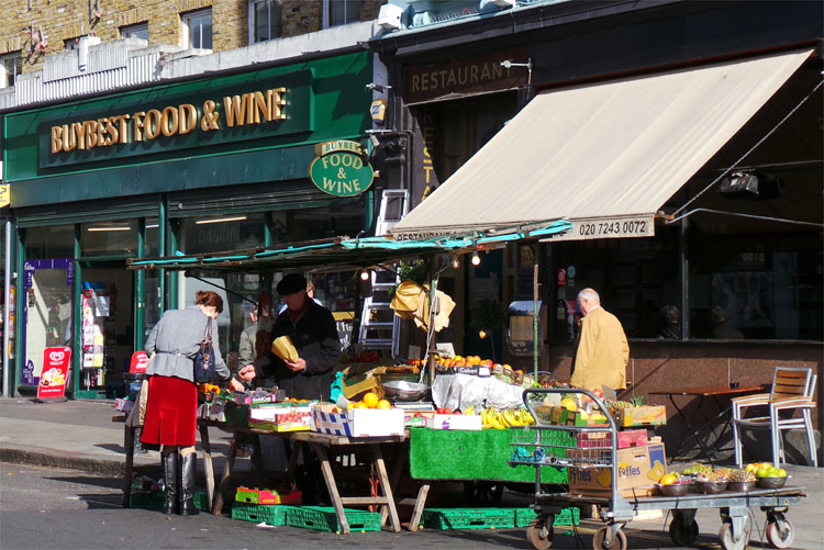 """Notting Hill"" Drehort, Portobello Market, London © Andrea David"