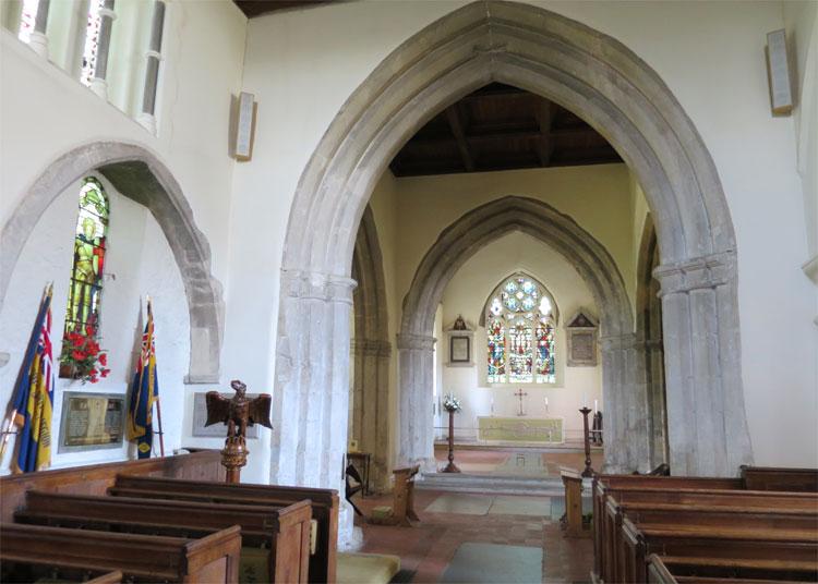Kirche St. James, Shere, England © Andrea David