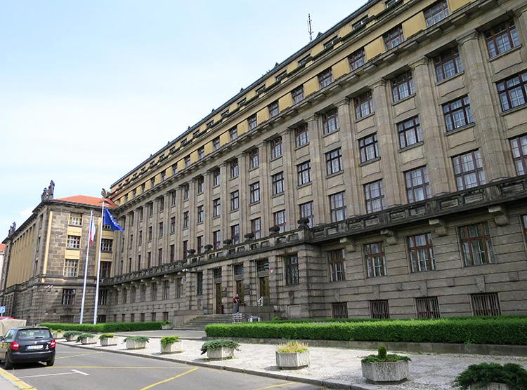 Verkehrsministerium, Prag