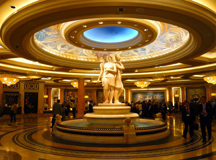 Caesars Palace, Las Vegas, USA © Andrea David