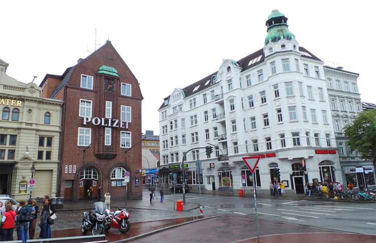 Davidwache, Reeperbahn, Hamburg © Andrea David