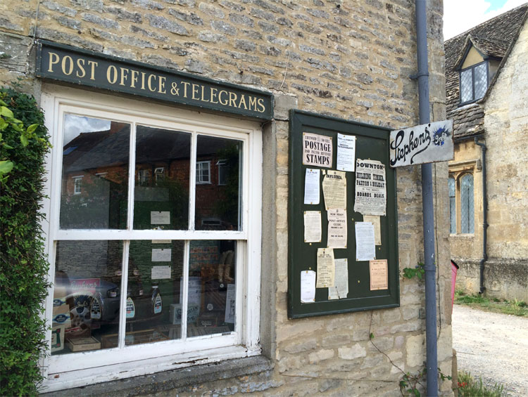 Downton Post Office, Bampton, Oxfordshire, England © Andrea David