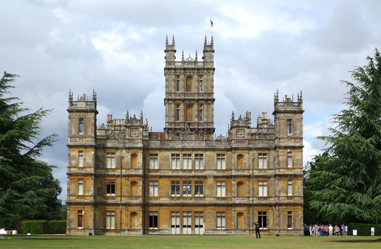 die welt der drehorte downton abbey. Black Bedroom Furniture Sets. Home Design Ideas