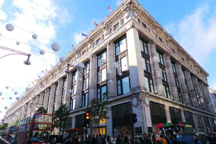 Selfridges, Oxford Street, London © Andrea David