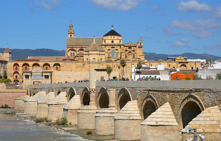 Puente Romano, Córdoba, Andalusien