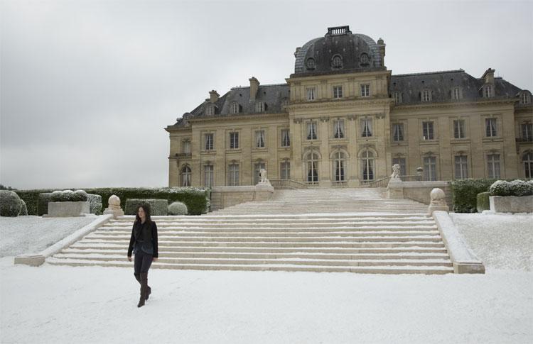 Filmszene am Chateau Voisins, Frankreich © Studiocanal