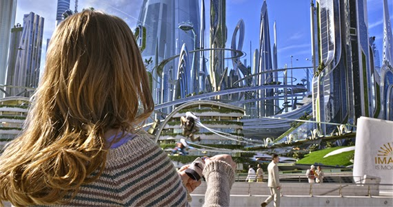 Blick auf Tomorrowland © 2015 Disney