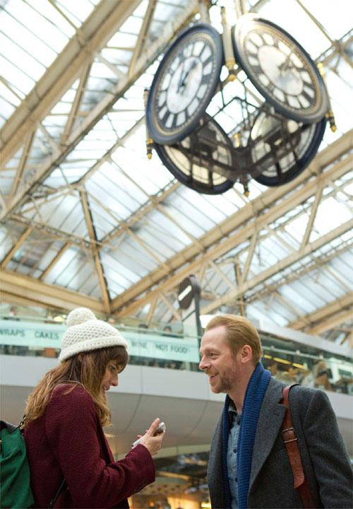 Nancy und Jack an der Waterloo Station © Studiocanal