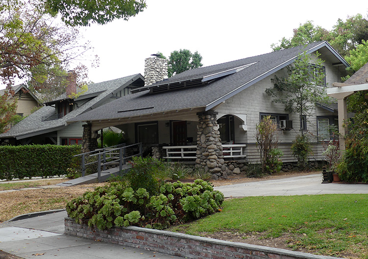 Biffs Haus in Pasadena, Los Angeles
