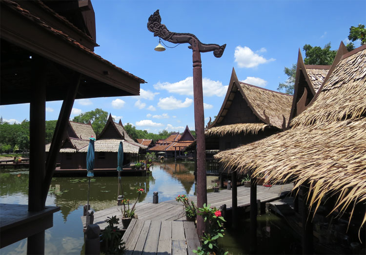 Floating Market, Ancient City, Muang Boran, Thailand © Andrea David