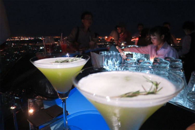 Hangovertini, Skybar, Lebua at State Tower, Bangkok, Thailand © Andrea David