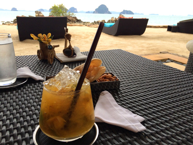 Sunset Bar, Phulay Bay Ritz Carlton, Krabi, Thailand © Andrea David