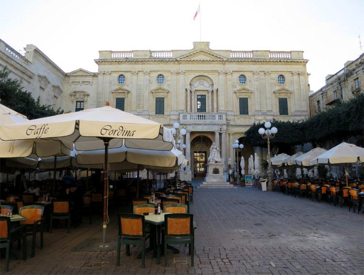 """""""München""""-Drehort, Republic Square, Valletta, Malta"""