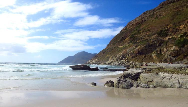 Strandabschnitt nahe Monkey Valley Resort, Noordhoek Beach, Südafrika © Andrea David