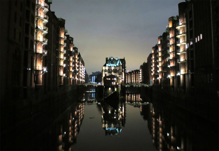 Wasserschloss, Speicherstadt, Hamburg © Andrea David