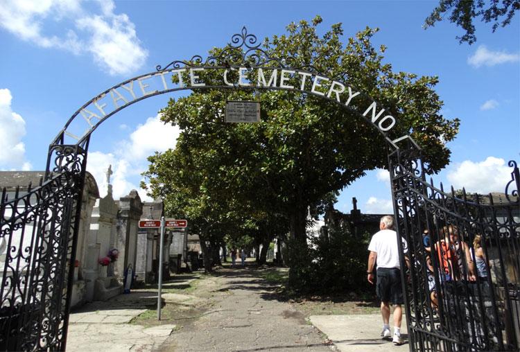 Lafayette Cemetery, New Orleans, Louisiana © Mandy Decker / Travelroads