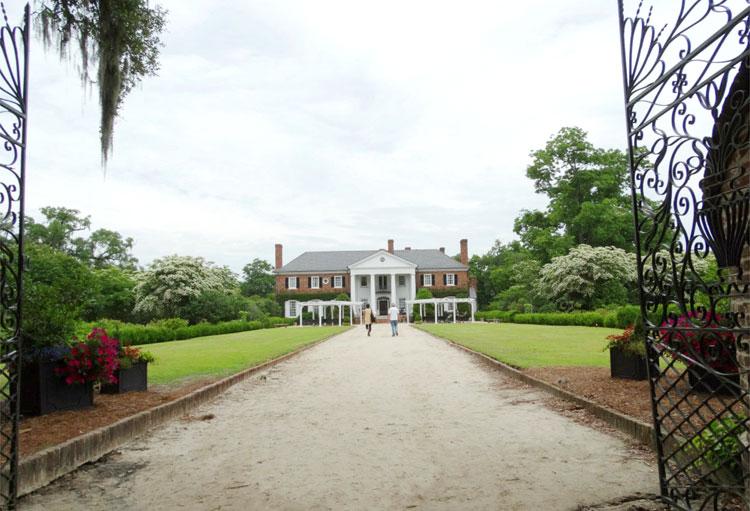 Boone Hall Plantation, South Carolina © Mandy Decker / Travelroads