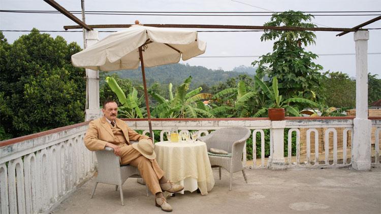 """Szene aus """"Vor der Morgenröte - Stefan Zweig in Amerika"""" in Lissabon © X Verleih"""