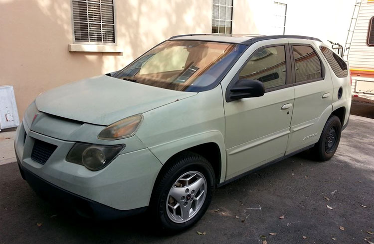 "Der Pontiac Aztek von Walter White aus ""Breaking Bad"", Sony Pictures Studios © Andrea David"