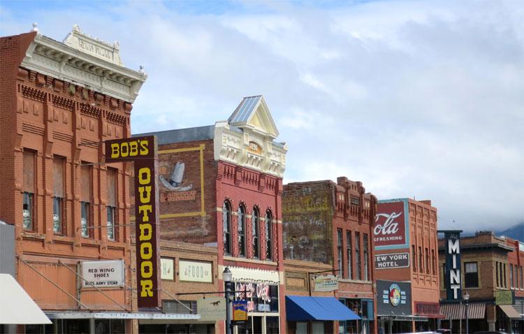 Main Street, Livingston, Montana © Andrea David
