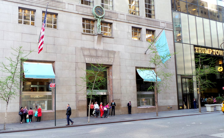 Tiffany's, Fifth Avenue, New York © Andrea David