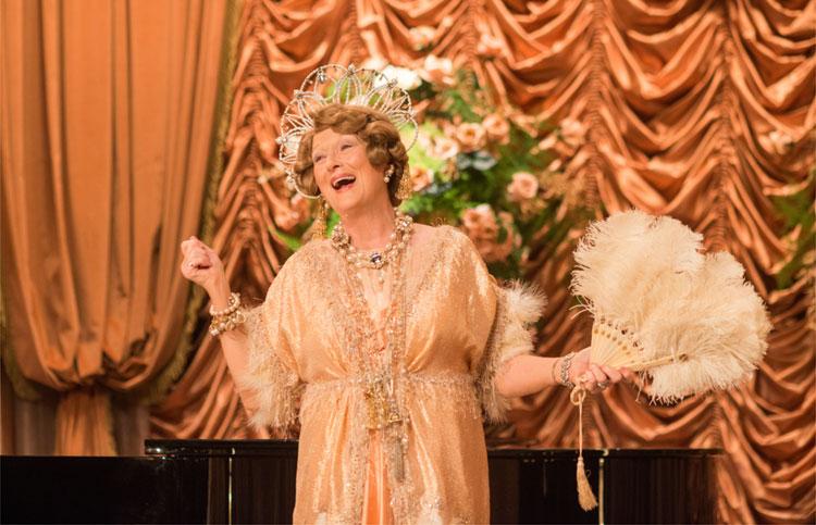 Meryl Streep als Florence Foster Jenkins in der Carnegie Hall © 2016 Constantin Film Verleih GmbH