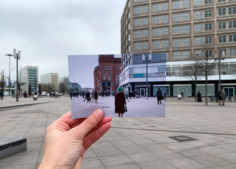 """Szene aus """"Babylon Berlin"""" am Alexanderplatz, Berlin"""