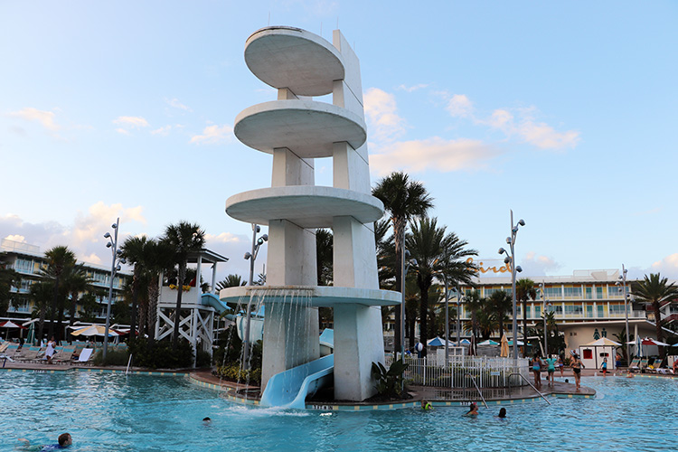 "Drehort aus ""Sharknado 3"", Cabana Bay Beach Resort, Orlando"