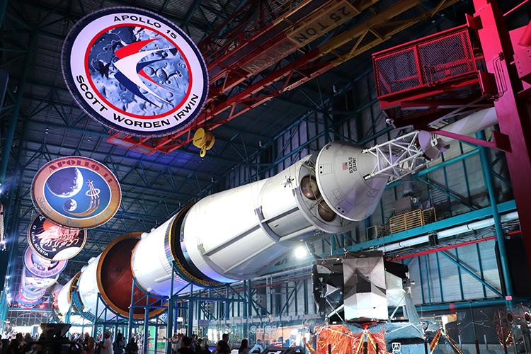 Saturn V Rakete im Kennedy Space Center