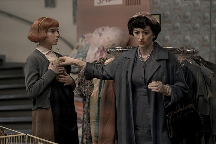 "Szene aus ""Das Damengambit"" im Humana Secondhand & Vintage Kaufhaus, Berlin"