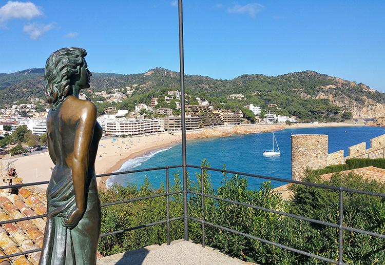 Ava Gardner Statue in Tossa de Mar, Katalonien