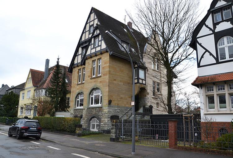 """Pastewka""-Drehort in Köln-Marienburg"